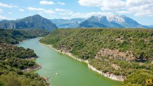 Escursione in barca sul fiume Cedrino